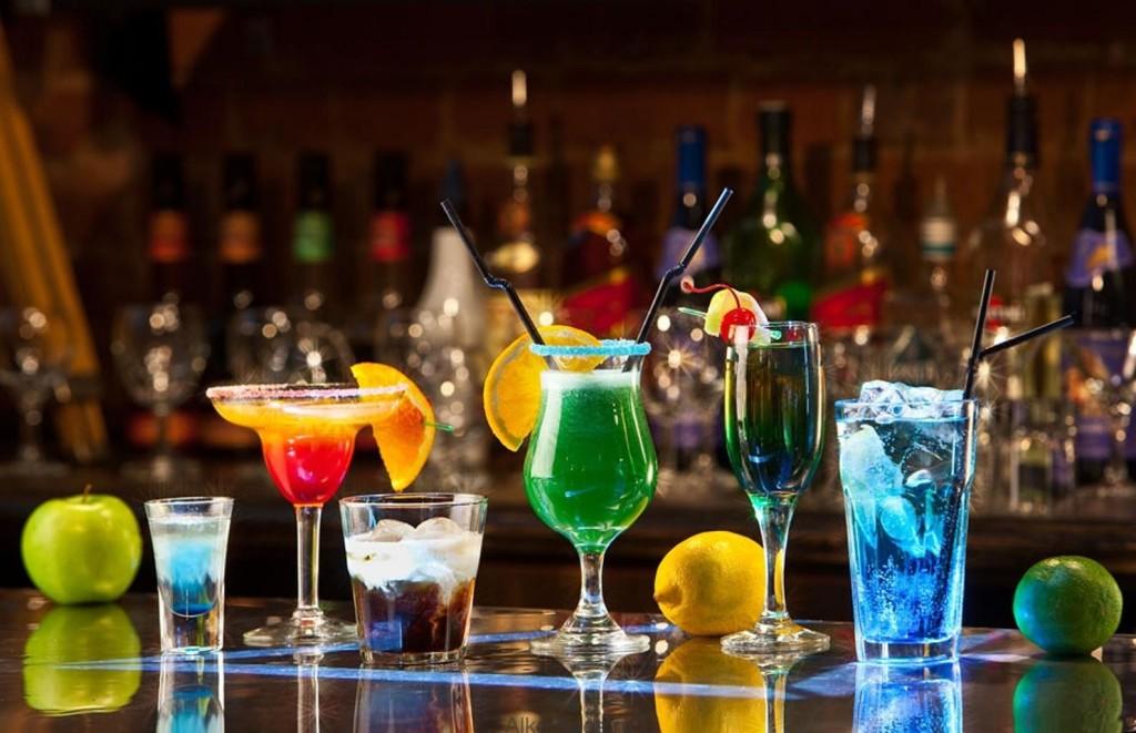 Alkogolnye-koktejli